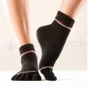 Protišmykové ponožky na jogu TOESOX prstové - čierne