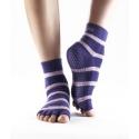 Protišmykové ponožky a rukavice na jogu